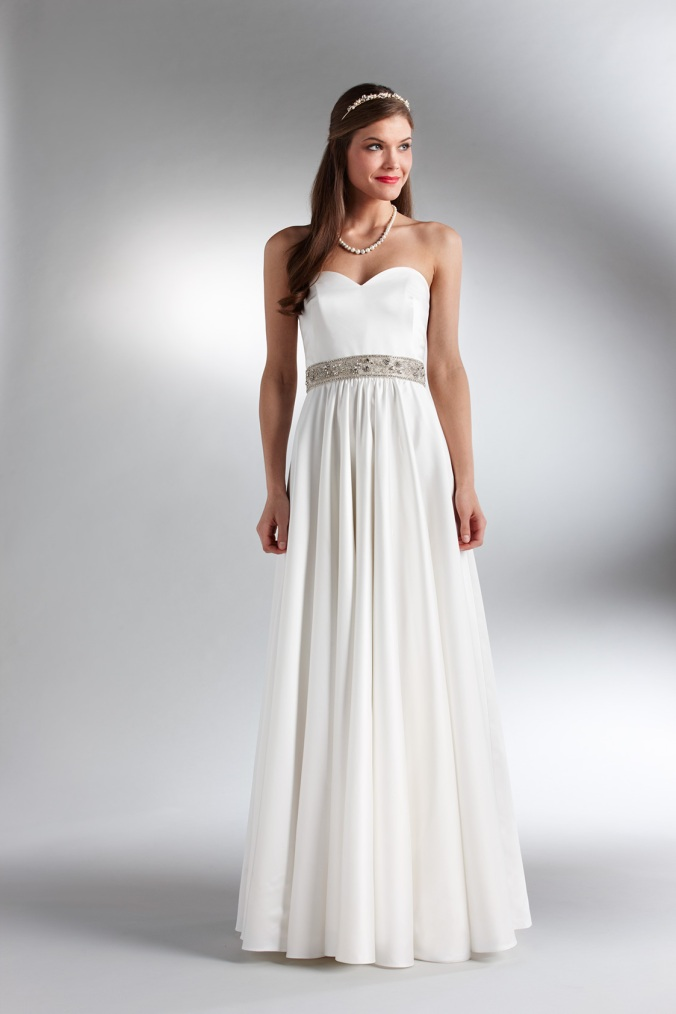 Reception dresses nyc discount wedding dresses for Wedding dress rental manhattan