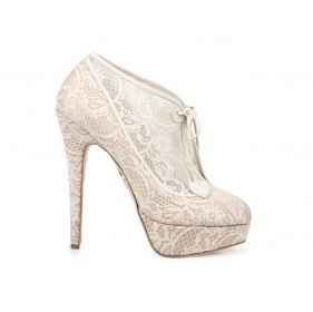 minerva_lace_bootie_side